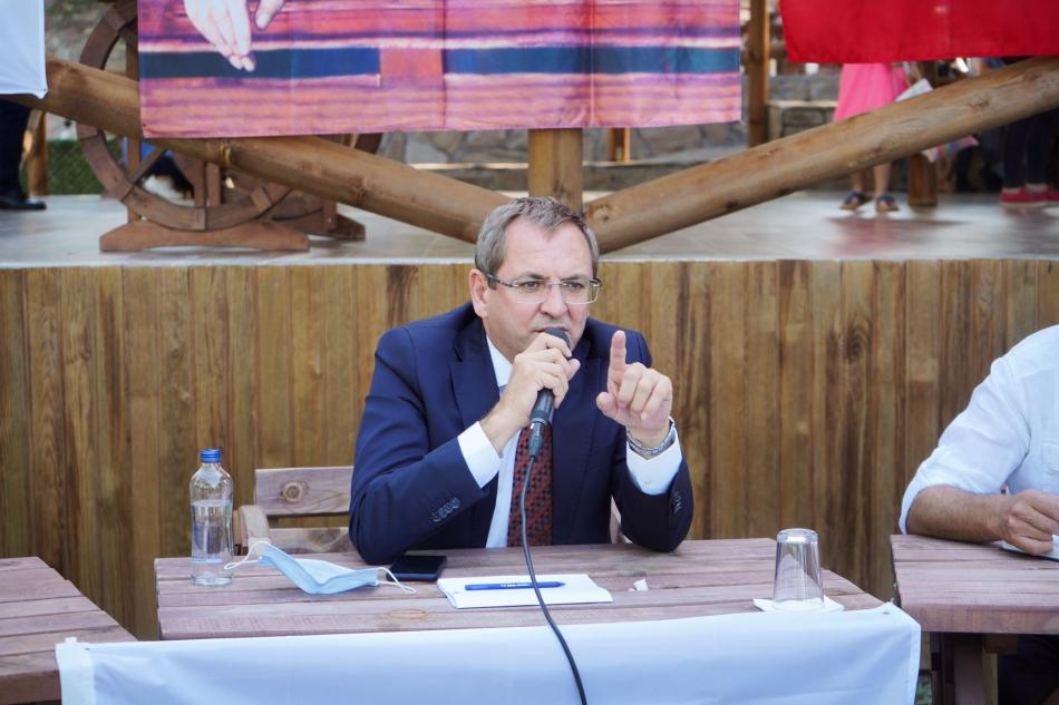 2020/09/1600888901_ayvalik_belediye_baskani_mesut_ergin_(1).jpg