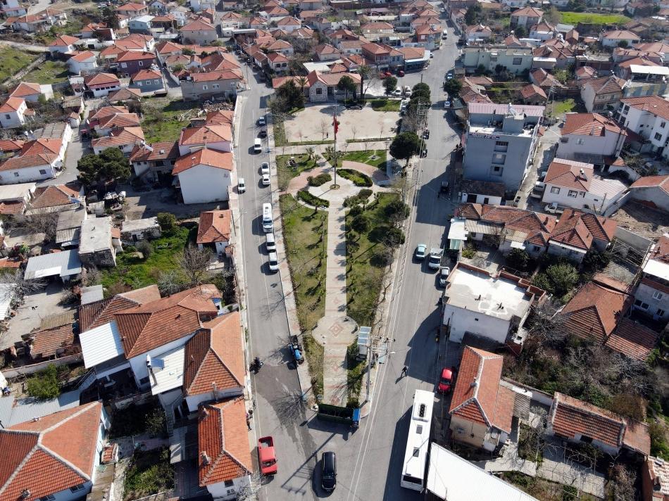 2021/04/1617460597_2_aliaga_belediyesi-nden_helvaci-ya_tarihi_meydan_projesi.jpg
