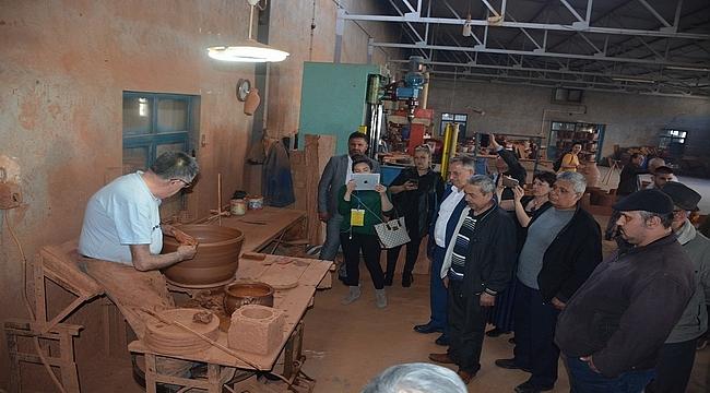Menemen, 'Geleneksel Çömlekçiler ve Seramikçiler Çalıştayı'na ev sahipliği yaptı