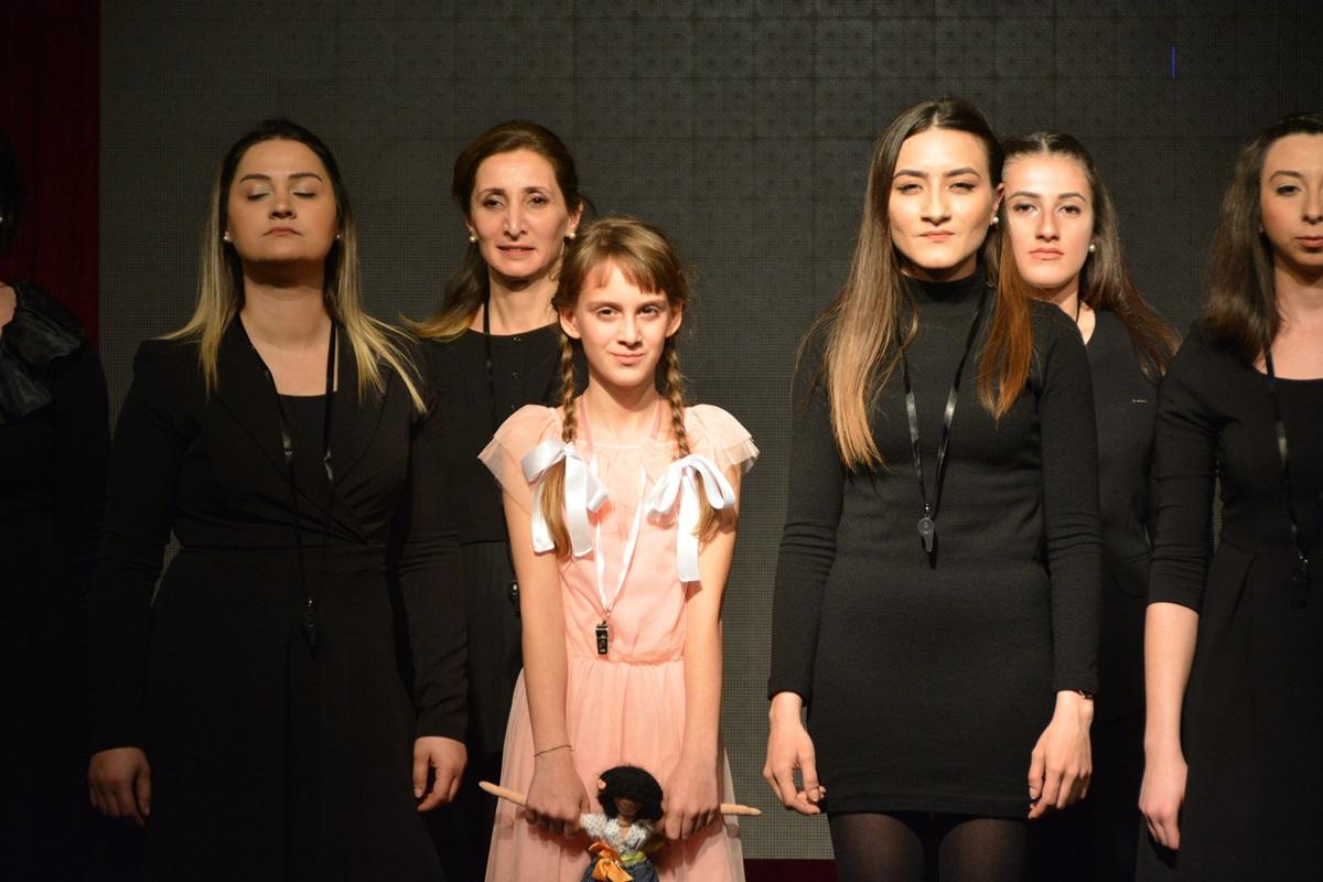 Aliağa Belediyesi'nden Kadınlar Günü'ne Özel Tiyatro