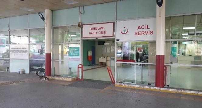 İzmir'de bıçaklı kavga: 3 kişiyi yaralayıp kaçtı; polis yakaladı