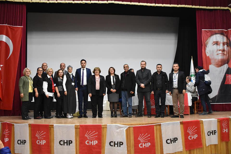 Ayla Yılmaz, Cumhuriyet Halk Partisi Foça İlçe Başkanı seçildi…