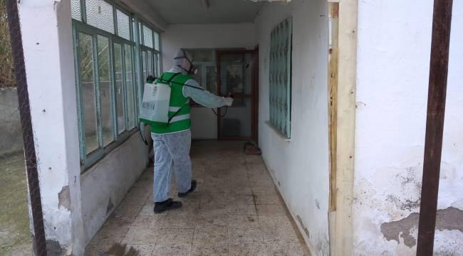 Aliağa Belediyesi Apartmanları Dezenfekte Ediyor
