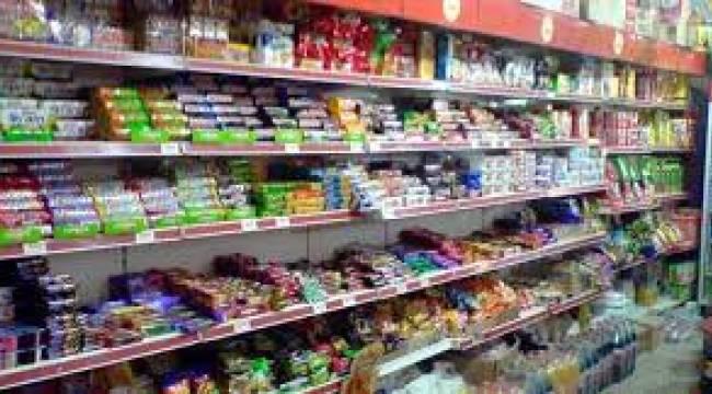 Genelgeyle marketlerin çalışma saati ve marketlerde alışveriş yapan müşteri sayısı düzenlendi.