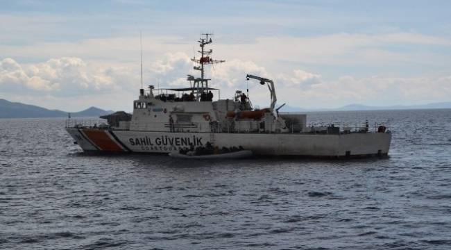 Dikili'de 45 sığınmacı kurtarıldı