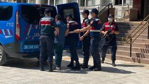 İzmir'de 11 ayrı suçtan aranan şahıs yakalandı