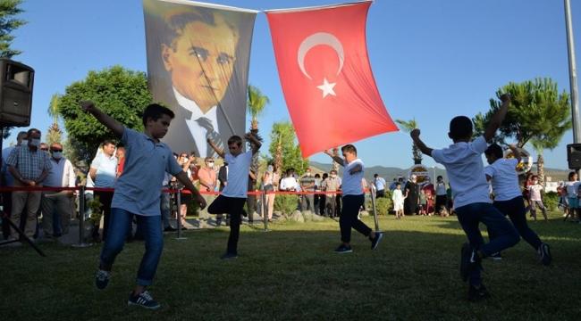 """Başkan Aksoy: """"Çocuklarımız silah değil oyuncak tutsunlar"""""""
