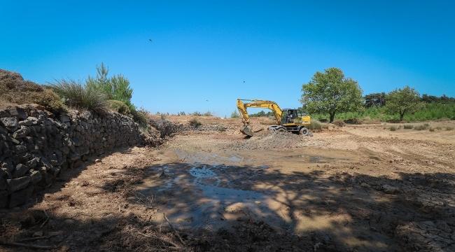 Bergama'da hayvan sulama göletleri elden geçiriliyor