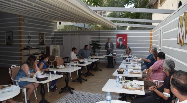 CHP Aliağa İlçe Teşkilatı Basın İle Bir Araya Geldi