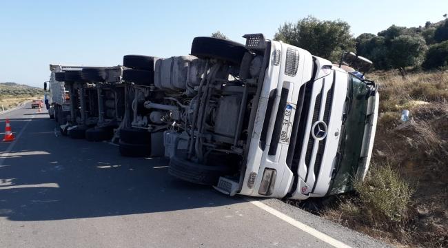 Foça'da Trafik Kazası :1 kişi yaralı