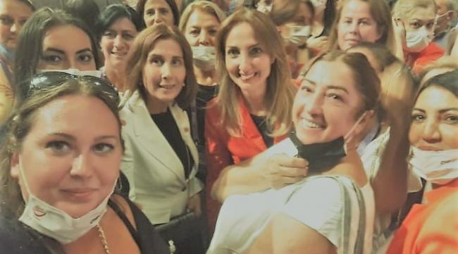 Aylin Nazlıaka CHP Kadın Kolları Genel Başkanı seçildi