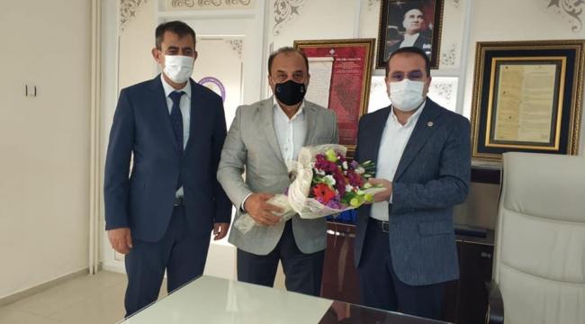 """Ak Parti İzmir Milletvekili Yaşar Kırkpınar, """"Eğitimden Önce çocuklarımızın sağlığı """""""