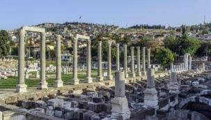 İzmir Büyükşehir, tarihe sponsor olmaya devam ediyor