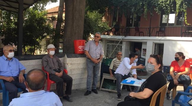 CHP' Aliağa Kadın Kollarından Kırtasiye Yardımı