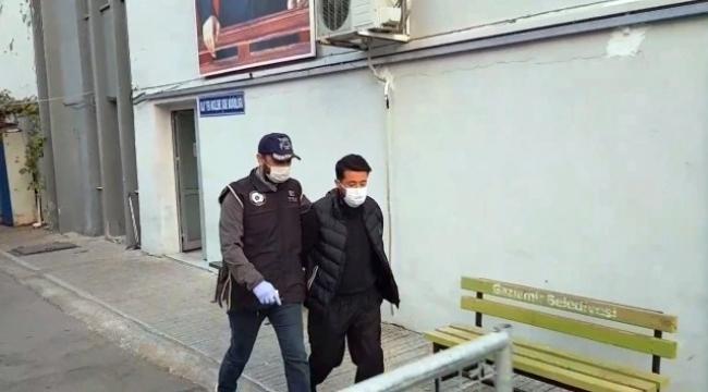 DEAŞ'ın sözde Türkiye sorumlusu ile irtibatı olduğu öne sürülen 5 kişi İzmir'de yakalandı