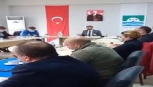 """Foça Belediye Başkanın """"Kurtarılmış bölge"""" sözlerine AK Parti İzmir'den sert tepki"""
