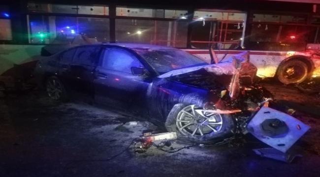 İzmir'de Trafik kazası 2 yaralı