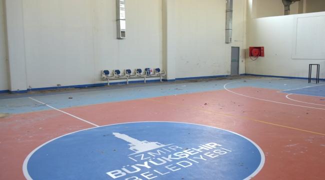 Aliağa'da Gündem Spor Salonu