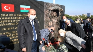 Azerbaycan'da 29 yıl önce katledilenler unutulmadı.