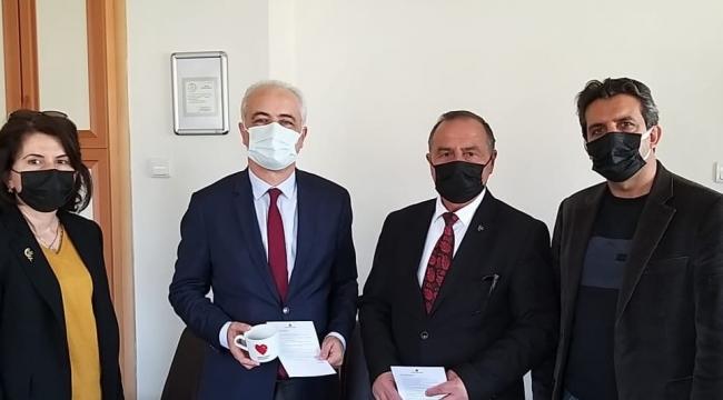 Aliağa MHP İlçe Teşkilatı Tıp Bayramını kutladı