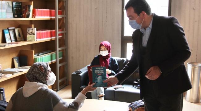Kütüphane Haftası'na Bergama'dan Hekim Galenos kitabı