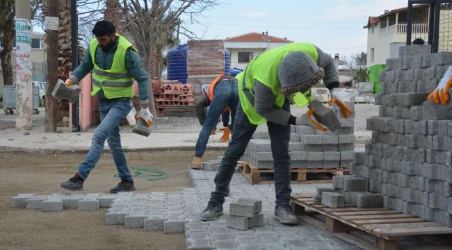 Aliağa Belediyesi'nden Yeni Şakran'a 92 Bin M2 Kilit Taş