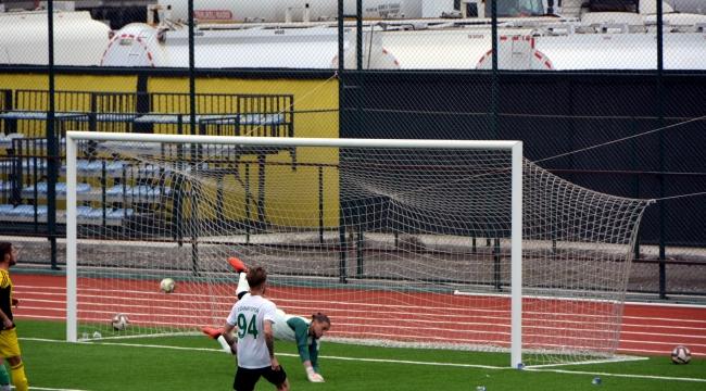 Aliağaspor FK, Hazırlık Maçında Farklı Kazandı
