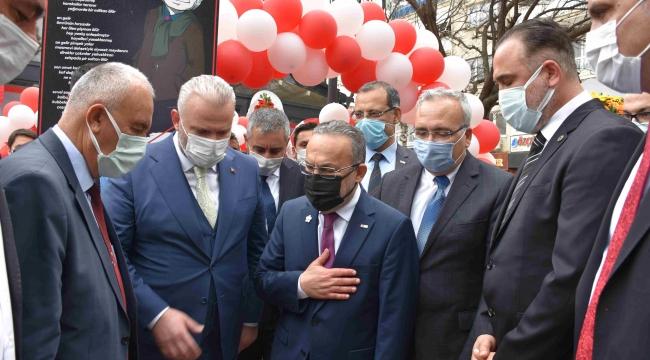 Kızılay Kan alma birimi Menemen'de törenle açıldı