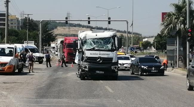 Aliağa'da trafik kazası: 9 yaralı