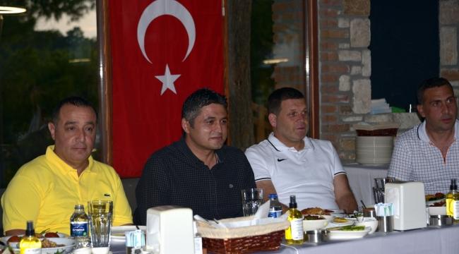 Teknik Ekip ve Futbolculardan Profesyonel Lig Sözü.