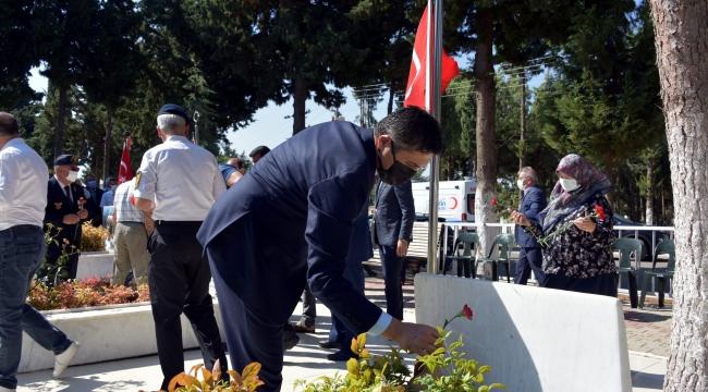 Aliağa'da 15 Temmuz Programı Şehitlik Ziyaretiyle Başladı