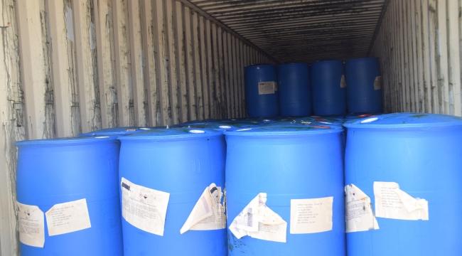 Eroin üretiminde kullanılan kimyasal maddeler konteynerden çıktı