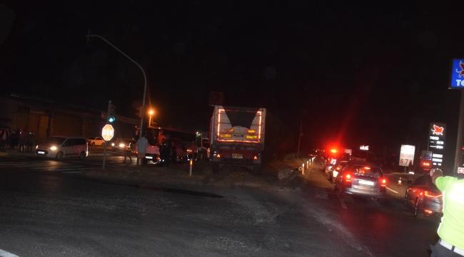 Aliağa'da Trafik Kazası:12 yaralı